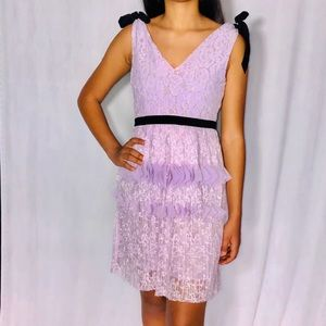 Foxiedox Calista Lilac Pleated 3D Lace V-Neck Sz S